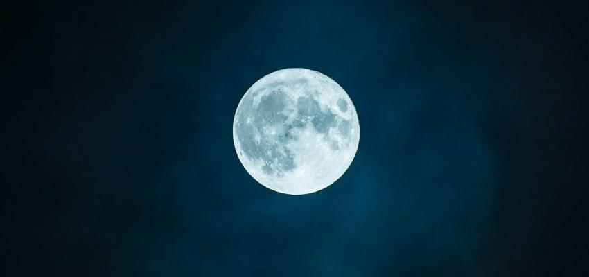 Les joies de la pleine lune